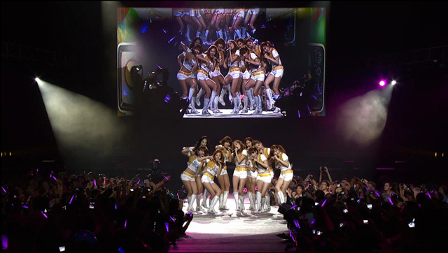 Samsung Smart TV 3D Contents_SM LA Concert (2).jpg